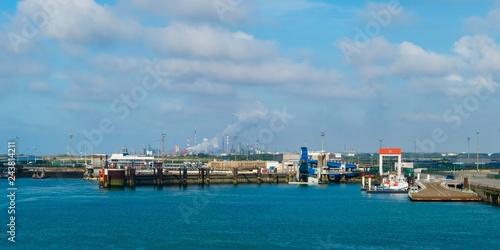 Foto op Plexiglas Poort Harbour Dunkirk Hafen Dünkirchen