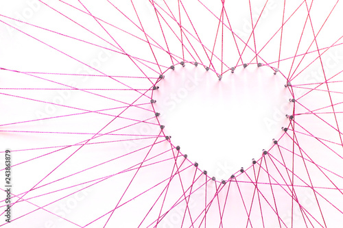 Fotografia  Love heart made from pins and string
