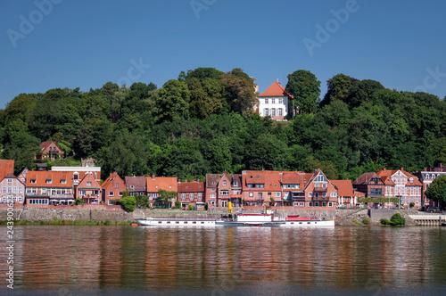 Fotografia  Unterstadt und Oberstadt Lauenburg Elbe im Sommer