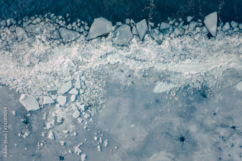 Cuadros en Lienzo Glacier Lagoon with icebergs from above