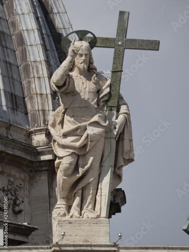 Fotografía  Museos Vaticanos, plaza y Basílica de San Pedro, Roma, Italia.