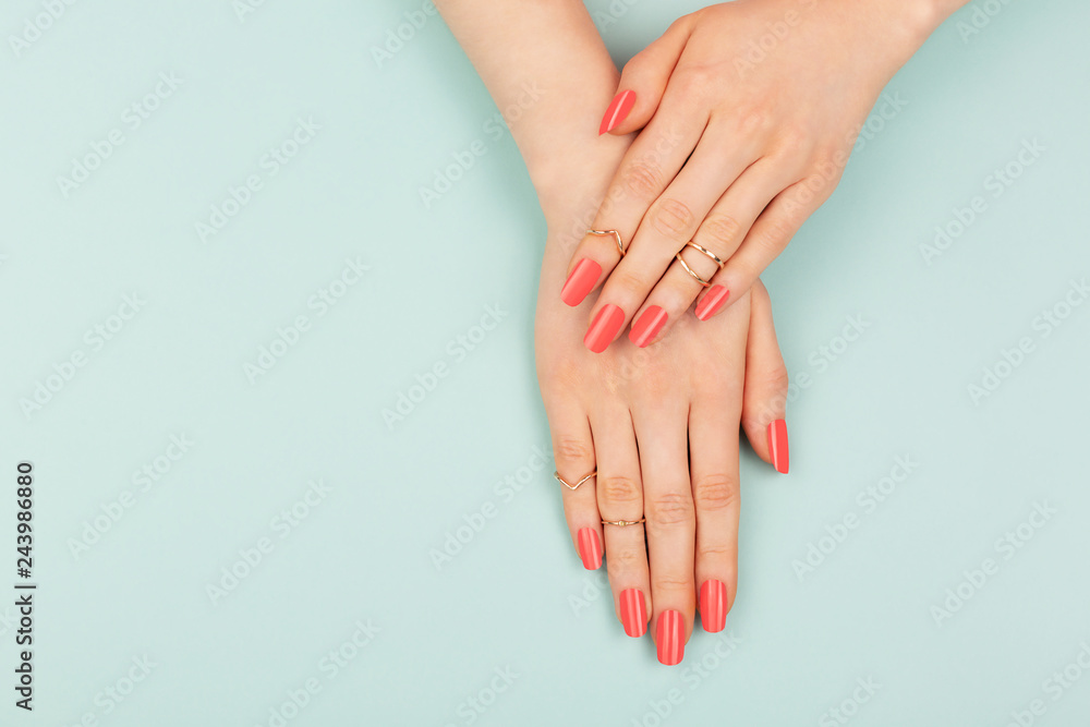 Fototapety, obrazy: Woman hands on blue background