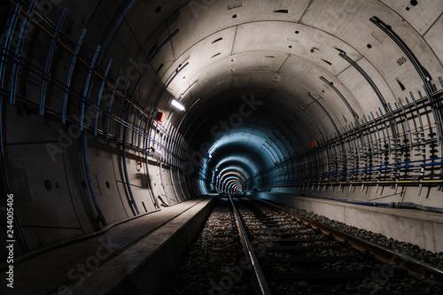 Papiers peints Tunnel U5 Tunnel