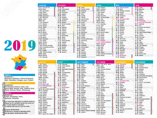 Calendrier Jours Feries.Calendrier 2019 Multicolore Avec Vacances Scolaires Et Jours
