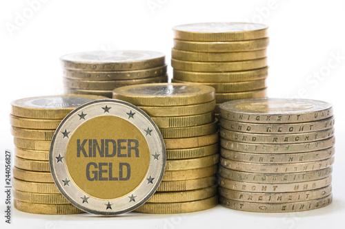 Fotografía  Kindergeld auf Münze
