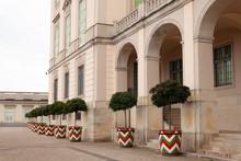 Fasada Budynku Z Kolorowymi Wz...