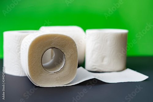 Fotografía  close up toilet paper rolls stack isolated