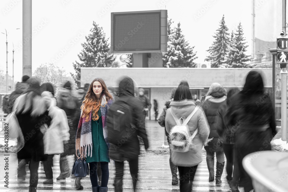 Fototapety, obrazy: woman standing out from the crowd