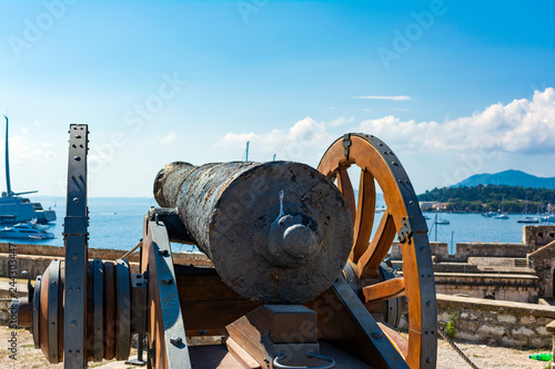 Medieval cannon in the old fortress of Corfu town at Greece Fototapet
