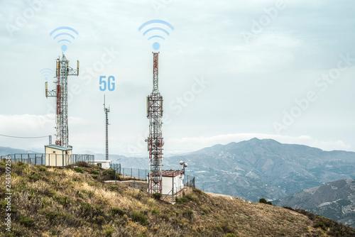 Fotomural 5G antennas and GSM transmitters