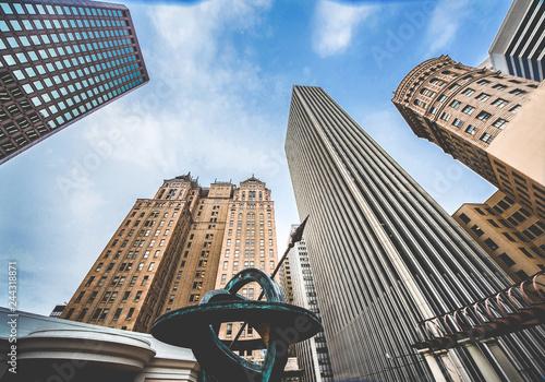 Obrazy San Francisco  wiezowce-w-dzielnicy-finansowej-san-francisco-spojrz-w-gore