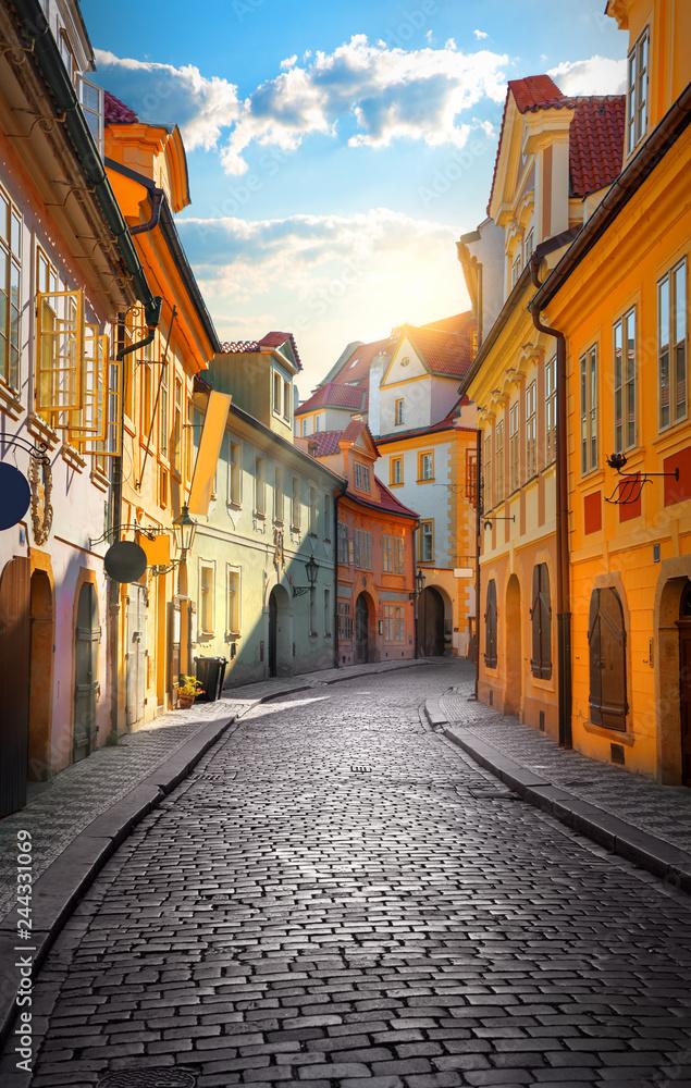 Fototapety, obrazy: Kolorowa uliczka w Pradze