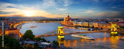 Aluminium Prints Budapest Parliament and bridges