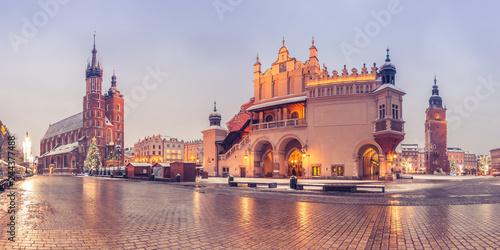 Foto op Plexiglas Historisch geb. Krakow, Poland, main market square, winter night, St Mary's church and Cloth Hall illuminated