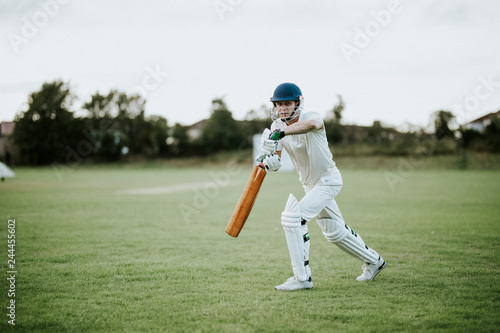 Fotografía Cricketer on the field in action