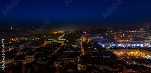 In de dag Centraal Europa Night over Lisbon