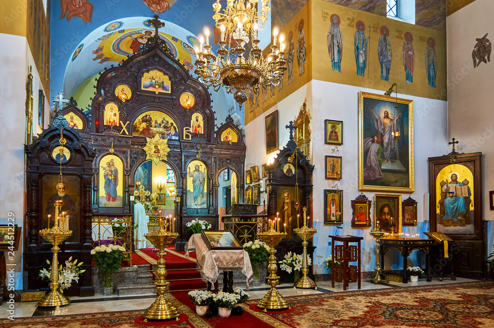 Fototapety, obrazy: Warsaw, Poland - April 16, 2017: Interior of the St. John Climacus's Orthodox Church during the Holy Easter