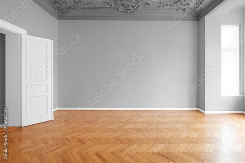 Altbau Wohnung frisch renoviert, Zimmer mit Parkett Boden und Stuck Dekoration Wallpaper Mural