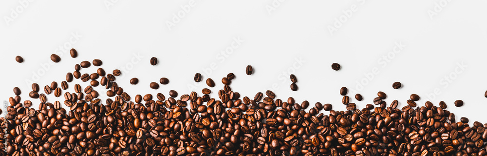 Fototapeta coffee beans  on a white background