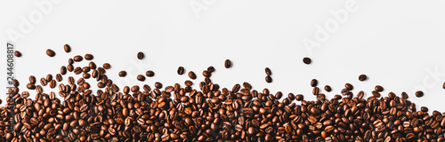 coffee beans  on a white background Fototapet