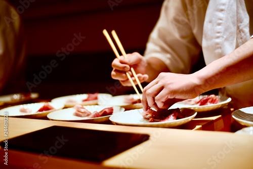 Vászonkép Master sushi chef preparing omakase tasting course in Tokyo, Japan