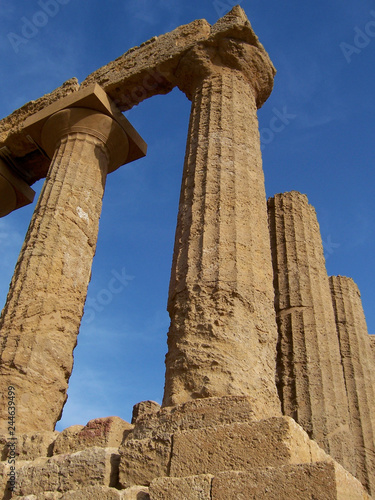 Fotografie, Obraz  Greek Ruins in Sicily