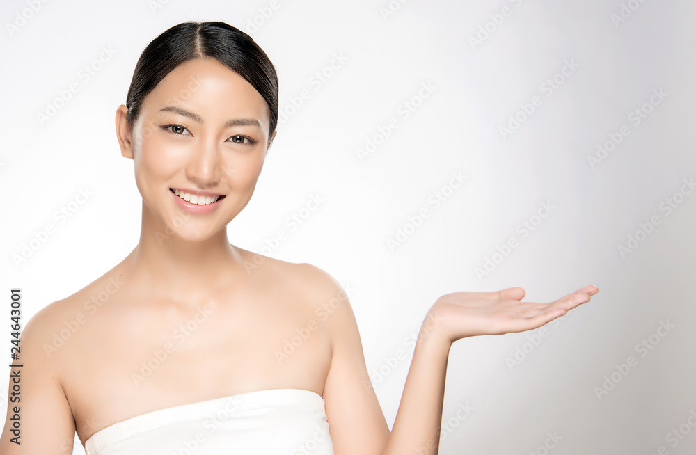 Fototapety, obrazy: Beautiful Young asian Woman with Clean Fresh Skin