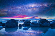 Milkyway At Boulder Moeraki, New Zealand