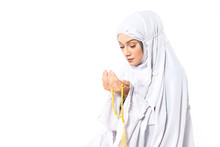 Young Muslimah Praying.