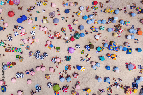 Fotografie, Tablou  Rio de Janeiro, Brazil, Top View of Copacabana Beach Showing Colourful Umbrellas