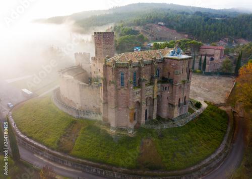 Fotobehang Historisch geb. Fortress Castillo de Javier, Spain