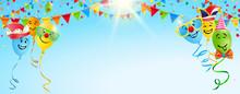 Bunte Luftballons Mit Lustigen Gesichtern, Konfetti, Wimpel Girlanden Vor Sonnigem Himmel - Banner