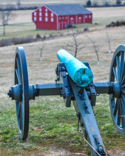 Sculptures Memorials And Cannon On The Civil War Battlefield Of Gettysburg Pennsylvania