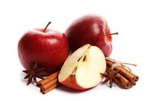 Juicy Ripe Apples With Cinnamo...