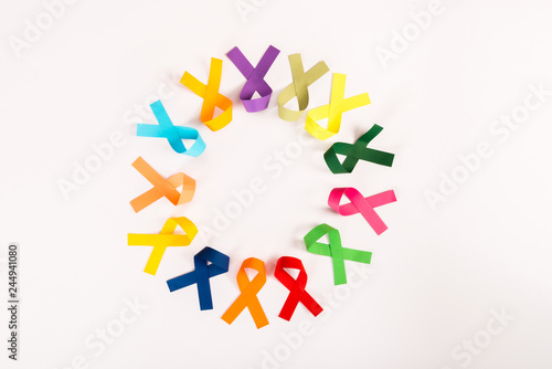 Canvastavla top view of colorful ribbons arranged in circle isolated on white, world cancer