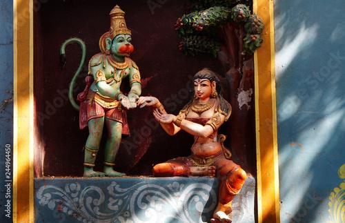 Fotografia wall art of Indian Hindu god Hanuman  handing over ring of rama to Sita, as in m