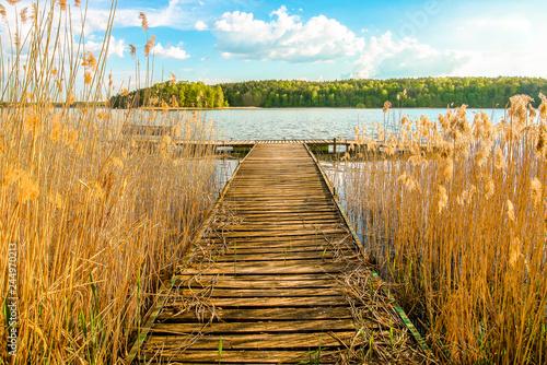 Fototapeta Pomost nad jeziorem obraz