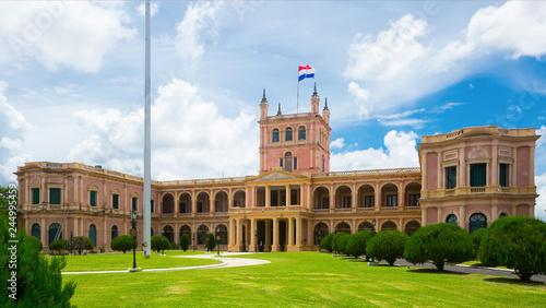 Stickers pour portes Amérique du Sud View of Palacio de los Lopez. Asuncion, Paraguay