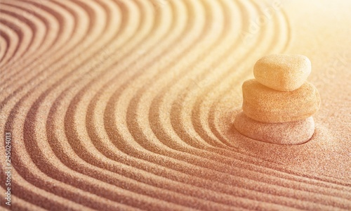 Spoed Foto op Canvas Stenen in het Zand Japanese zen garden with stone in raked sand