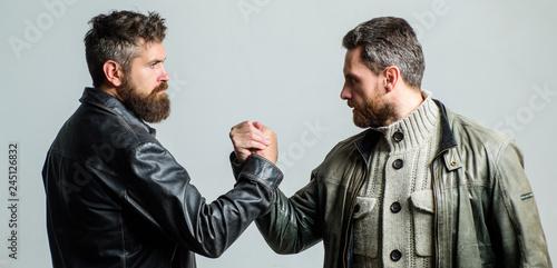 Fényképezés  Friendship of brutal guys