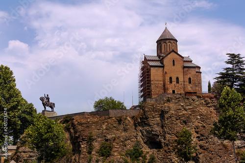 Fotografie, Obraz  Исторический центр Тбилиси. Вид на храм Метехи.