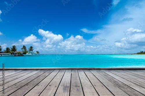 Foto auf Leinwand Tropical strand tropical Maldives island with white sandy beach and sea
