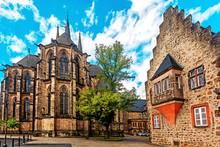 Marburg, Elisabethkirche.  St....