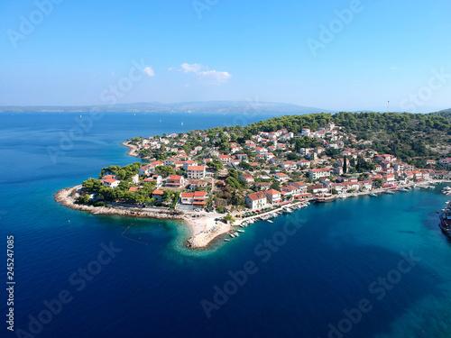 Fotografia Solta island beach and fisherman cost aerial view in Dalmatia, Croatia south to Split in the central Dalmatian archipelago