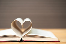 Pages Of Book Curved  Heart Sh...