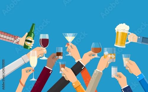 Fotografía  Hands group holding glasses