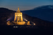 Kaiser-Wilhelm Denkmal in der Porta Westfalica bei Nacht