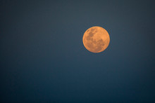 A Full Moon At Dusk, Orange-pi...