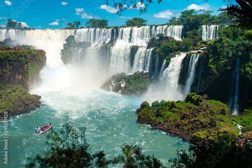 Fototapeten Wasserfalle The Amazing waterfalls of Iguazu in Brazil
