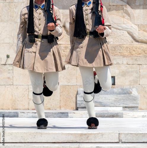 Fotografía  Evzones in Athens, Greece